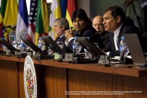 Intervención del Presidente del Ecuador Rafael Correa en la Asamblea General de la OEA 2012 | Cancillería Ecuador / Attribution-ShareAlike 2.0 Generic (CC BY-SA 2.0)