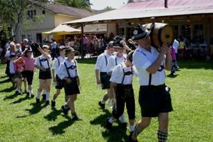 Deutschtümelde Folklore am Samstag in Südchile