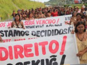Protest der indigenen Munduruku gegen den Staudamm Belo Monte.  Foto: Letícia Leite/ ISA